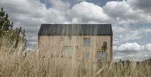 Mjölk Architekti / Markétka / nowoczesna STODOŁA / Ten wysoki dom z dwuspadowym dachem znajduje się w Czechach i wzorowany jest na miejscowych stodołach.