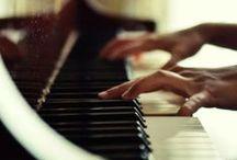 Pianos / pianos