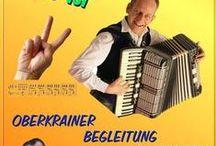 """kostenlose Oberkrainer-Begleitung Noten für Akkordeon und Steirische Harmonika / ...hier gibt es kostenlose Noten für die Oberkrainer-Begleitung in verschiedenen Ausgaben für Akkordeon und die Steirische Harmonika. Die kostenlosen Noten gibt es für Walzer und Polka in allen 12 Tonarten, die Noten für die Steirische Harmonika sind in Griffschrift notiert. Über ein """"Like"""", weiterleiten, teilen, posten usw. würde ich mich sehr freuen und ebenso über eine freiwillige Spende. Viel Spaß und """"ois isi"""", Gruaß Turboreini"""