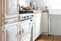 Sizzeling Kitchens / Scrumptious kitchens