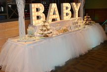 Baby shower ideas / All about baby showers! Cakes, decor, gifts, tables, centerpieces, invitations and more!