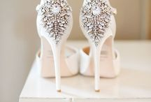 Bridal Accessories / Shoes, jewelry, headpieces and more. Everything for the bride!