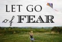 """No fear is the answer / Inspirerende teksten om een """"No fear- levenshouding"""" te promoten ten behoeve van een betere wereld. Zonder angst geen haat, frustratie, hebzucht, achterdocht, eenzaamheid enz."""