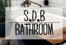 Salle de Bain - Bathroom / #salledebain #bathroom #bain #douche #bulles #eau #bath #propre #décoration #deco #inspiration #domus #idées
