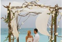 Beach theme wedding / by Sabrina Alnassir