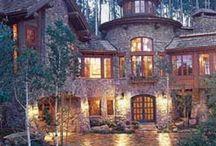 Dream Homes. ♡ / by Ashli Updegrove