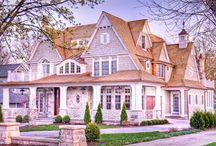 Riordan Signature Homes / Our Custom Dream Homes
