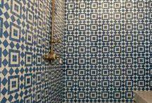bathrooms / by Heidi lofton