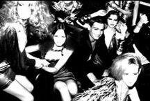 THE PARTY at The Secret Home / Nel rinomato attico torinese ,The secret home , gli spazi polivalenti sono trasformati da artisti multi creativi in un party ispirato alla New York degli anni 80: l'allestimento permanente dello showroom accoglie le creazioni che spaziano dai bijoux alla fotografia , dalla scultura alla moda underground torinese . In un ambiente black and silver mondi diversi si incontrano , proprio come nella grande mela , per ricollegarsi alla tradizione del nostro Natale .