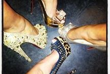 Girls Night Out / Girl's Night Out events, fun ideas for women in the city, fashion, and event information.