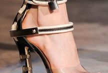 shoes/handbags/jewellery