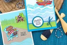 Winston's Lake House - Stamp Set / Head to the lake with Winston in this adorable stamp set. Winston, our cute bear, is ready to help you send some relaxing summer vibes!