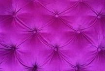 Upholstery / Alt som kan polstres av hodegavler, stoler, benker, og bord.