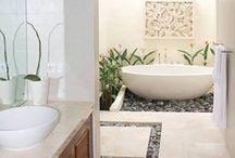 bathroom / Miejsce, w którym zaczynamy i kończymy każdy dzień. /// This is the place where we begin and end each day.