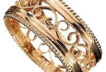 Accessories & jewels