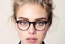 GLASSES / О красивых портретах людей в очках