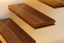 Escaleras interiores / Escalera de madera