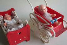 Dukkevogn til dukkehuset