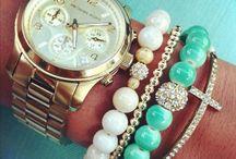 Jewelry / by Jaxie Traudt