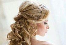 Romantisch bruidskapsel / Romantisch bruidskapsel