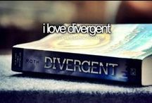 Divergent / Here are the alive characters in this book : wait. They're all dead.