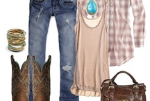 Outfit Ideas / by Darcy Travers