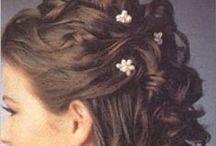 Balfrisyrer / Inspo för håruppsättning till balen
