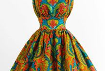 Farverige kjoler // colorful dresses / Lots and lots of print and color