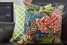 Throw Pillows Galore / DIY Throw pillows, make your own throw pillow