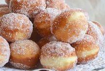 Les beignets de Mardi-Gras / Pets de nonne, bomboloni, bugnes, frappes, doughnuts, churros... Les beignets font le tour du monde pour Mardi Gras !