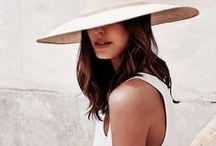 Lookbook | Accessories / Fashion, Trends & Handbags — Mode, Tendances & Sacs à main