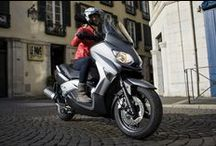 Scooter / For every day, for going to work or for going out during week-end, MICHELIN offers a large range of scooter tyres.