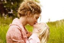 Édesanyák ünneplése