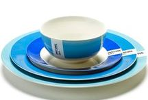 PANTONE - designer Luca Trazzi / Italian designer Luca Trazzi loves colors and already translated this in iconic designs made for various world-famous companies. For Serax, the Italian designer conjured up a refined PANTONE serving set. Color on top of color or a mixture of different colors – enjoying a meal together was never so colorful.