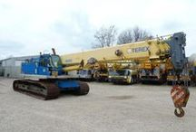 Tracked Cranes for sale / Baurent sells cheap tracked cranes.