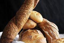 Bread / Bread, pita, baguette, bannok, challah, ciabatta, focaccia, fougasse, lavash, etc.