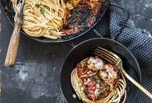 Beautiful food: pasta and other / Pasta, Ravioli, Cannelloni, Lasagne, Jiaozi, Baozi, Pelmeni, Manti, Khinkali and other