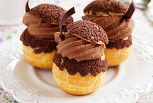 Choux pastry / Chou a la creme, profiterole, eclair, croquemboushe, St-Honore, Paris-Brest, Religieuse, Gland, Bossche bol, moorkop and other