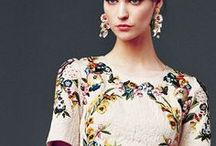 Dress: Haute couture (Italy) / Armani, Versace, Dolce & Gabbana, Ferré, Valentino, Blumarine, Prada,