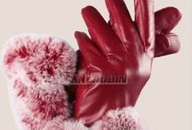 GLOVES & OVERSLEEVE / GLOVES & OVERSLEEVE in great quality