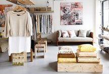 Abrindo o closet / Ideias de decoração e organização de armários, closets e ambientes.