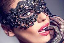 Mascaras.