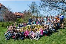 Gliwice czytają! / Z okazji Światowego Dnia Książki i Praw Autorskich przed południem na skwerze Doncaster odbył się barwny happening.