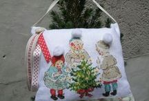 La féerie de Noël  1 xxx / Petites croix sur la magie de Noel. Idées de mises en scène  décorations pour la maison.
