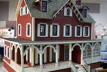 Feen- und Puppenhäuser