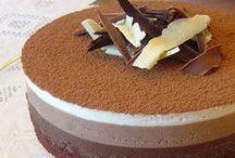 Delicias para pecar / Tartas, pasteles, chocolate... Qué mejor que ponernos nuestras nuevas Joyas para invitar a los amigos a tomar algo en casa. Aquí dejamos una selección de Delicias para Pecar.