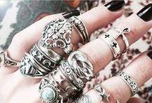 Bijoux & Accessoires / bijoux, chaussures, sacs, lingerie, collants, leggings... (style alternatif)