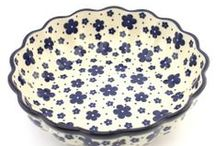 Polish pottery   Bowls / Share your passion for Polish pottery! We´ll be happy when you contribute to this board with related beautiful pins in good resolution only :) Do you have some beautiful pictures of your Polish pottery? Or have you found some new awesome decorations online? Spread the love! Please use the ADD ME Pin to request an INVITE :)
