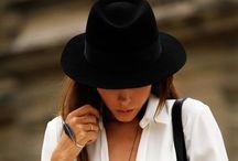 "Style de Roxann / ""Fashion changes but style endures""  / by Roxann Gallegos"