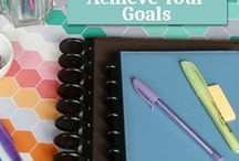 Goal Setting Tips + Resources / Goal Setting How To's, Tips, Advice, Worksheets, Planning Sheets, Guides, Lists, and Journaling Ideas to help you set goals and achieve them!